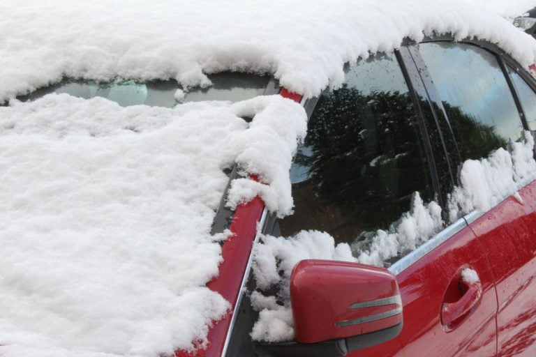 best-ice-scraper-for-cars