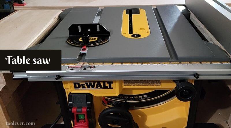 table saw for cutting plexiglass